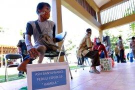 ASN Banyuwangi bagikan ribuan paket sembako kepada warga terdampak COVID-19