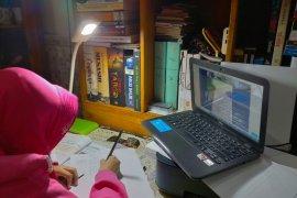 Komisi D minta materi belajar daring di Surabaya dilakukan secara terukur