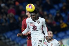 Everton dan West Ham mengincar  Ola Aina