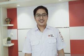 dr Aulia Ramadhan Supit, asyik menggeluti dunia donor darah