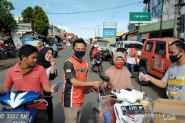 Dinkes Mukomuko senang banyak pihak bagikan masker gratis