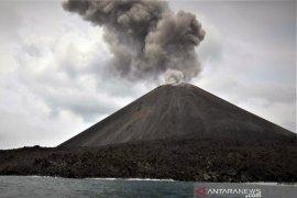 Abu vulkanik gunung Anak Krakatau sampai ke Bengkulu