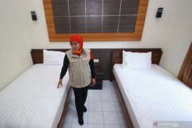 "Berharap tempat tidur rumah sakit rujukan COVID-19 di Jatim ""tidak laris"""
