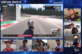 Rossi nikmati debutnya di balapan virtual MotoGP