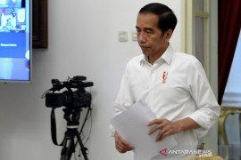 Presiden tegaskan jangan tunggu UMKM tutup baru kredit dikucurkan
