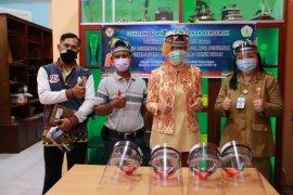Dekranasda Kota Pontianak gandeng Teknik Untan latih UMKM buat APD
