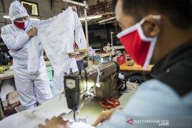 Produksi APD untuk tenaga medis