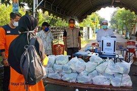Puluhan paket sayuran dikirim untuk warga isolasi mandiri di Kota Kediri