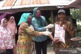GOW Tanjungbalai salurkan bantuan ke warga terdampak COVID-19