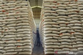Bulog now has 15.270 tons stock of rice for S Kalimantan