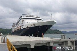 Sembilan kapal pesiar batal ke Lombok karena merebaknya  COVID-19