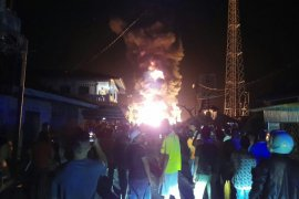 Tiga kapal terbakar di Nias Selatan, 1 ABK tewas