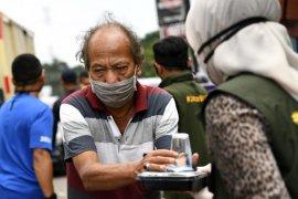 Pemprov Jabar canangkan Gerakan Nasi Bungkus di Bandung