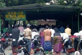 Masjid Kebon Kosong yang tidak kosong