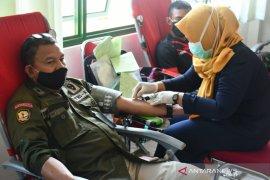 Korem 133/Nani Wartabone donor darah bantu PMI Gorontalo