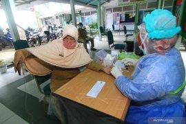 Kasatpol-PP Pontianak ajak ibu-ibu lindungi keluarga dari COVID-19