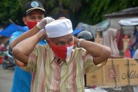 BNN dan ASPPI bagikan masker untuk pedagang