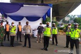 Polda Jabar kirim 100 personel bantuan pengamanan PSBB di Kota Bogor