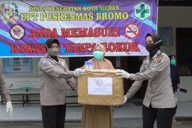 Polda Sumut salurkan bantuan APD ke lima rumah sakit di Medan