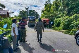 Dua pelaku penyerangan polisi di Poso tewas ditembak, didapati bom di badan tersangka