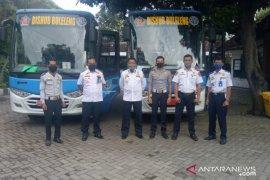 Buleleng siapkan dua bus jemput pekerja migran