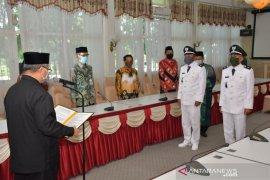 Kepala Desa terpilih Tumingki dan Karang Jawa dilantik