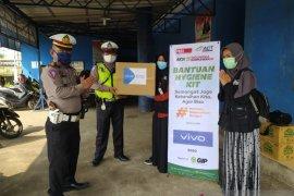 ACT bagikan 28.000 masker gratis di Bekasi dan Karawang