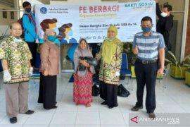 Universitas Bangka Belitung bagikan 103 paket sembako