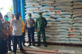 Bupati Asahan pantau ketersediaan beras