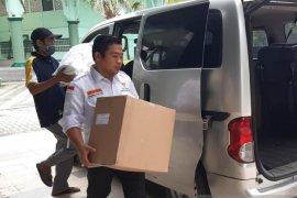 Pemkot Tangerang distribusikan 678 baju hazmat bagi tenaga medis
