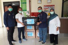 Bank Mandiri Tangerang Ahmad Yani bantu APD ke RSUD Tangerang