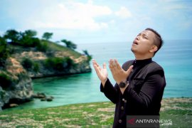 Menebar optimisme lawan Corona melalui lagu Sembuhlah Dunia