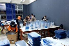 ITS salurkan 33 ribu pelindung wajah ke 13 provinsi di Indonesia