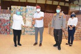 Kemenparekraf-Polda Bali distribusikan 8.000 sembako ke pelaku pariwisata