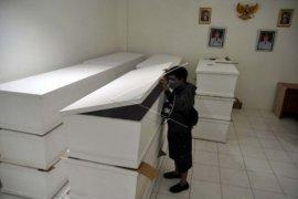 Bogor siapkan peti jenazah korban COVID-19