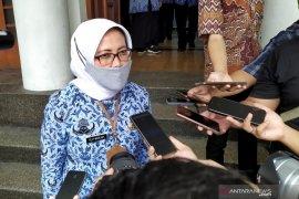 Disdagin Bandung imbau masyarakat belanja fesyen via daring
