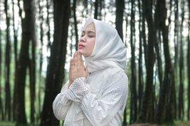 Anisa eks Sabyan luncurkan  lagu religi tentang corona
