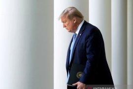Presiden Trump sebut China harus tanggung akibat karena wabah corona