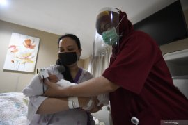 Imunisasi tetap dapat dilakukan saat pandemi COVID-19