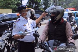 Dishub Tangerang sosialisasikan PSBB kepada para pengendara