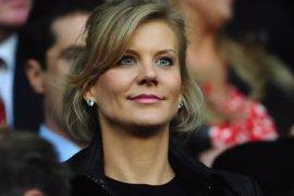 13 tahun era Mike Ashley berakhir, Amanda Staveley beli Newcastle United
