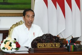 President instructs providing optimal protection for medical workers