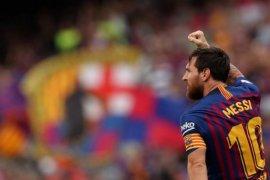 Barcelona obral pemain kecuali Messi, der Stegen dan de Jong