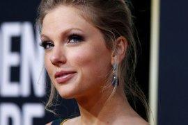 Kicauan Taylor Swift soal Donald Trump dapat 'likes' terbanyak