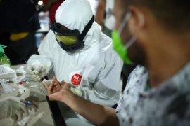 """Pemerintah Aceh lakukan """"rapid test"""" di sejumlah warkop"""