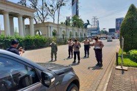 PSBB pertama di Kabupaten Tangerang, polisi keluarkan 262 teguran