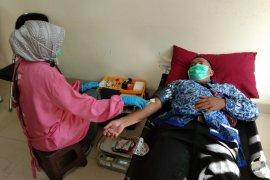 Donor darah ASN bantu stok darah selama pandemi COVID-19