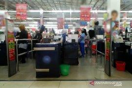 Minimarket di Karawang langgar jam operasional akan dikenakan sanksi