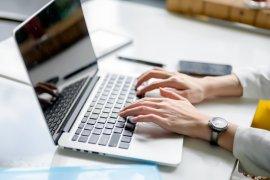 Absensi online solusi praktis kelola kehadiran karyawan di masa pandemi COVID-19