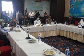 Gubernur Malut minta sinergi Bupati/ Wali Kota tangani COVID-19
